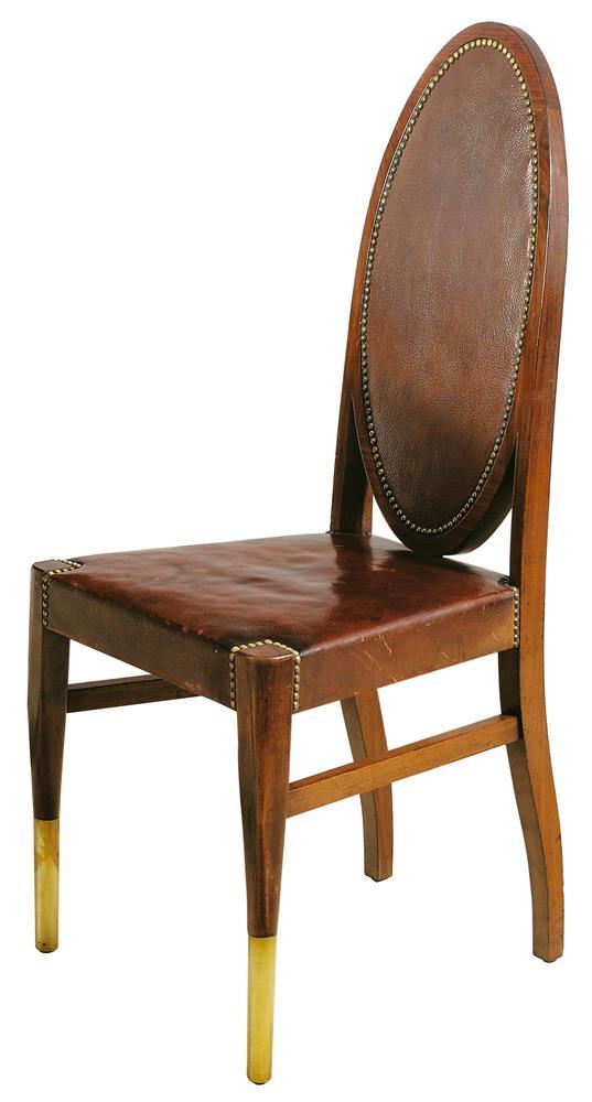 Sechs Sessel